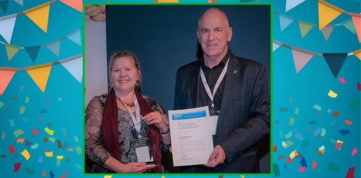 Sue Wilkinson, Robern Menz, inaugural AIFST Allergen Bureau 'Julie Newlands Award' winner