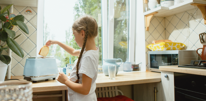 How much gluten gets into gluten-free food in the home kitchen?